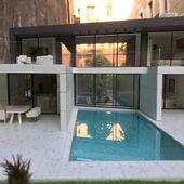😱Metacrilat per fer piscines com aquesta, ja disponible a la nostra botiga!!! . 😲Metacrilato para hacer piscinas como esta, ¡ya disponible en nuestra tienda! . #artsandcrafts #arquitectura #maquetaarquitectura #scalemodel #scalemodeling #maquette #metacrilato #piscina